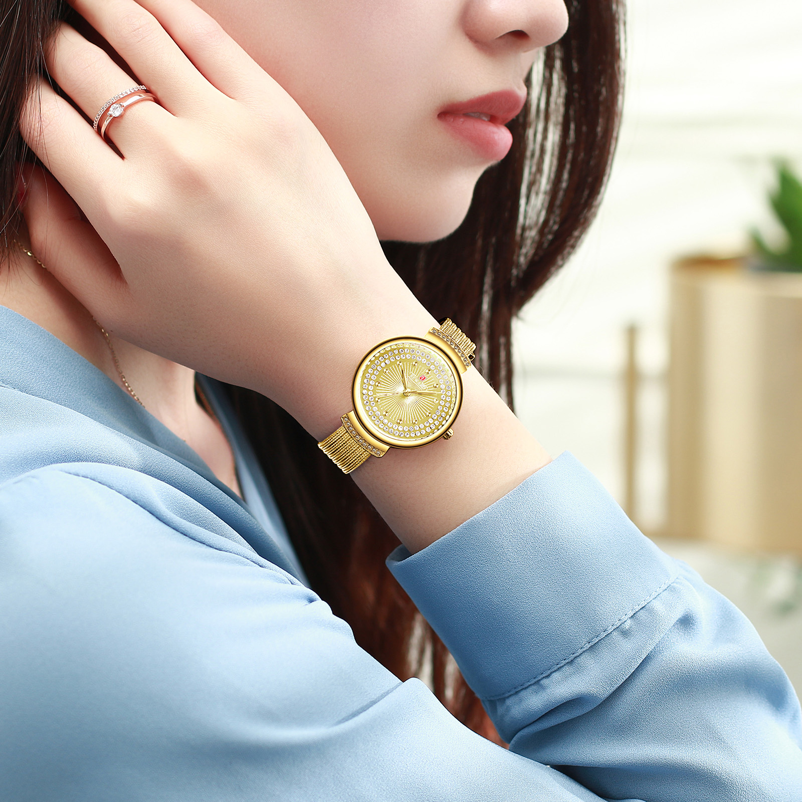 Soft Ladies Watch, luxurious, molded metal Free Shipping Sweekh.com
